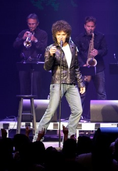 Gino Vannelli - Live in Concert